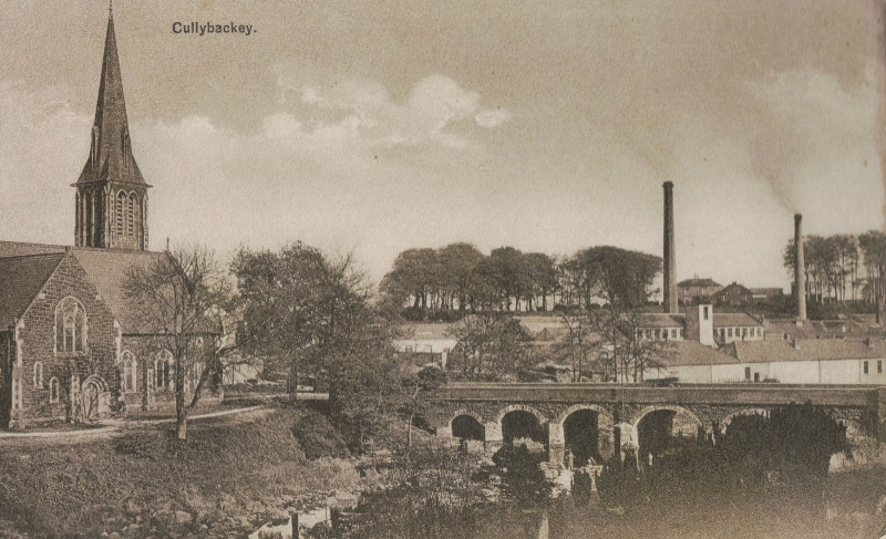 photo-14a-cuningham-from-across-the-river-old-postcard