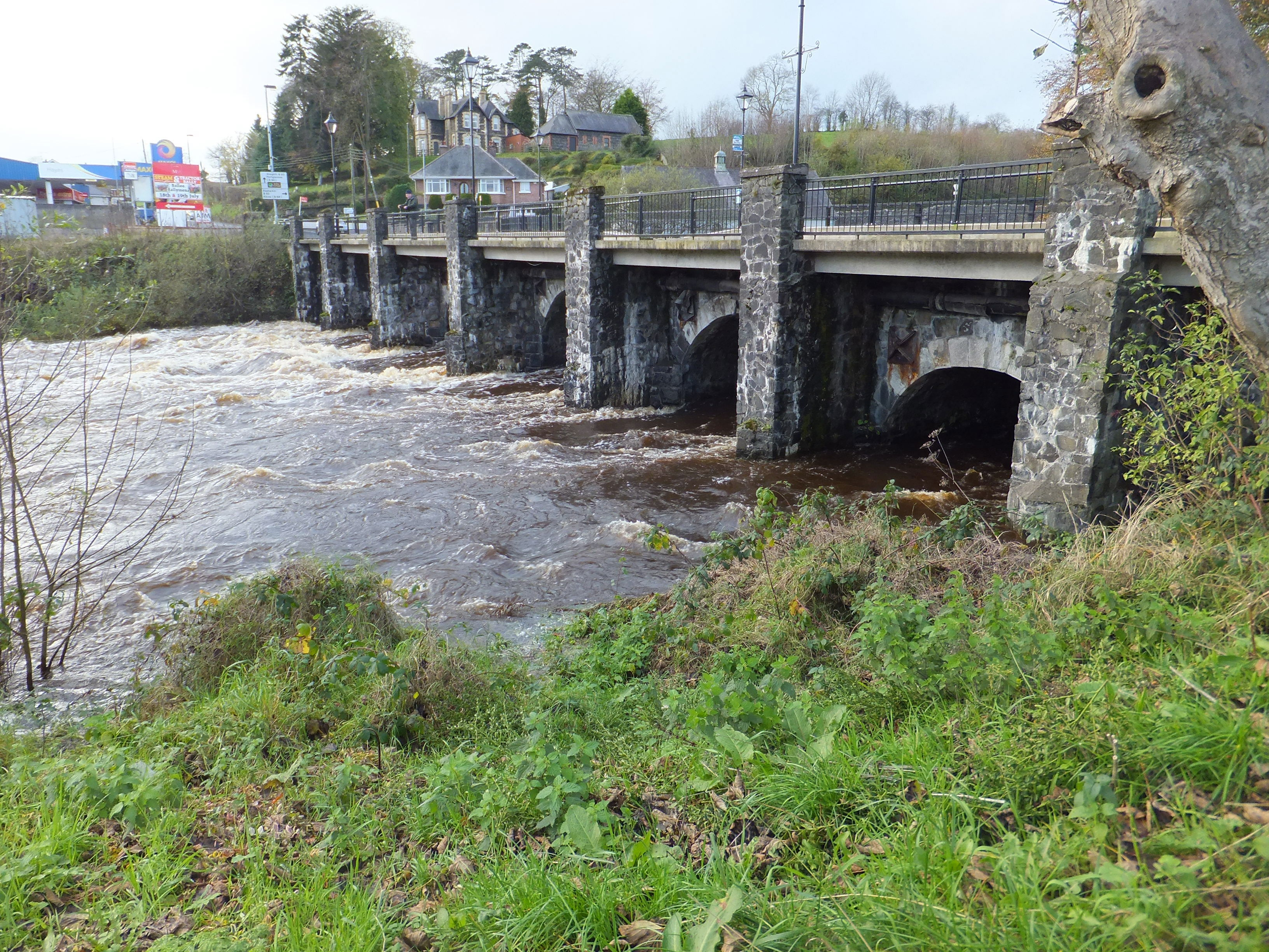 span-of-bridge-2014-nov-7-flood